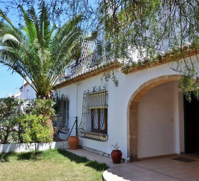 3 Bed 2 Bath Townhouse For Sale in Javea | Javea Guide ref JB221 01