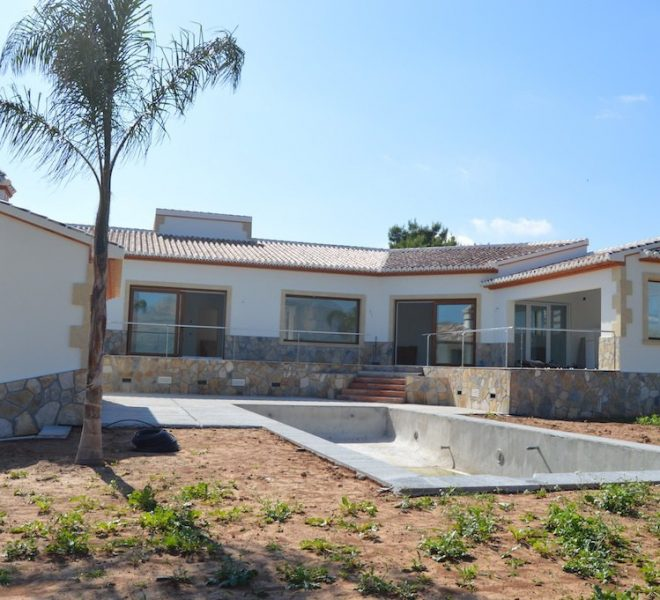 3 Bed 3 Bath Villa For Sale in Javea | Javea Guide ref JV451 01